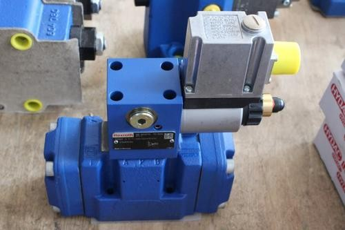 REXROTH 4WE 6 U6X/EW230N9K4 R901130020 Directional spool valves
